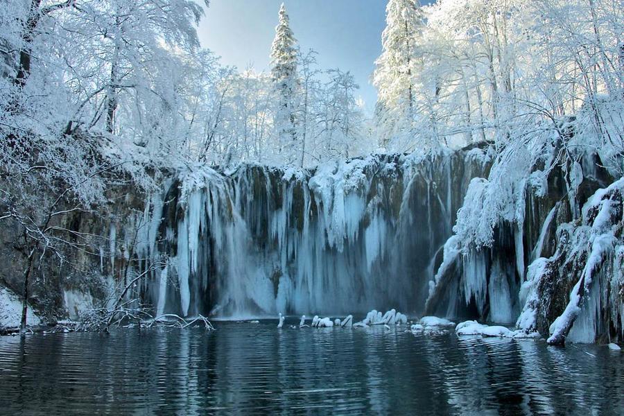 【賺很大】克斯十六湖仙境、童話布列德湖、萬年鐘乳石洞、地中海美饡10日