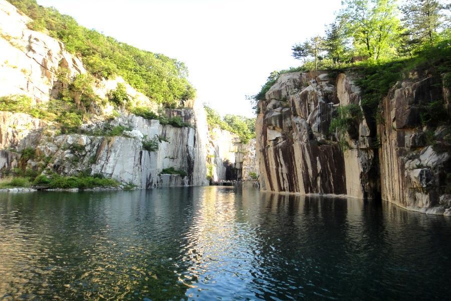 韓國五星諾富特~炸雞DIY體驗 光明洞窟、瑞士村、聖水洞下午茶5日