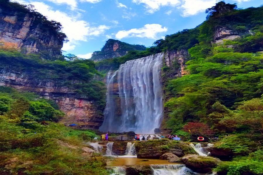 【華信假期】四季浪歌~恩施大峽谷、三峽大瀑布八日