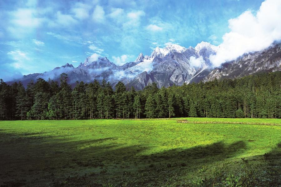 【雙雪山雲滇之美】昆大麗香格里拉、麗江古城下午茶、民族文化體驗8日