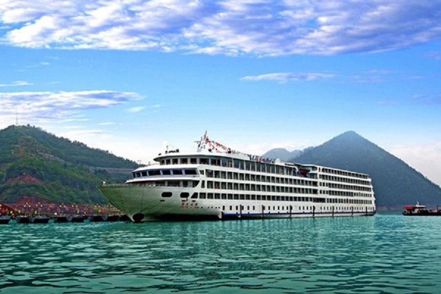 長江三峽總統八號(上水)、恩施峽谷、網紅輕軌遊、洪崖洞美景8日
