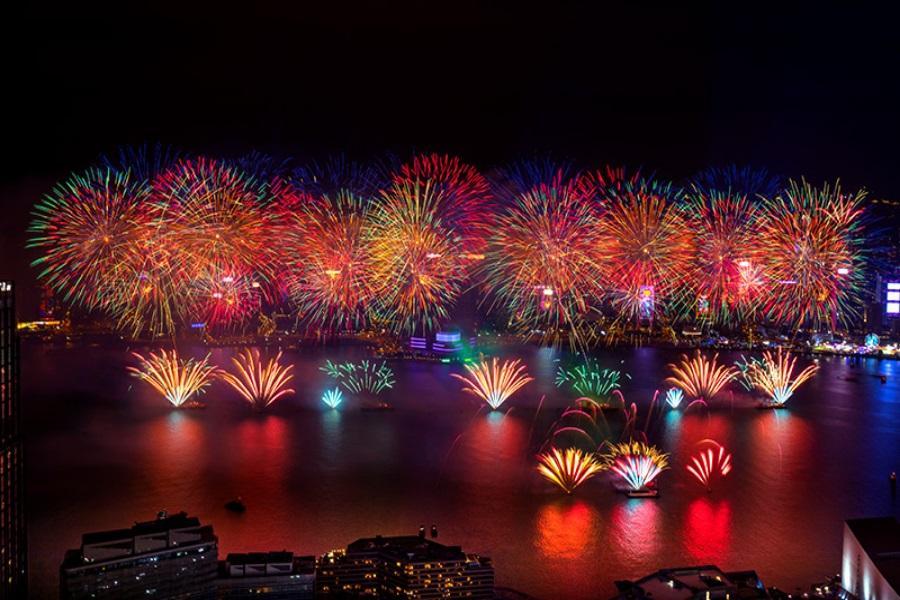 【跨年倒數】香港BBQ+煙火盛會團體旅遊三天(含稅)