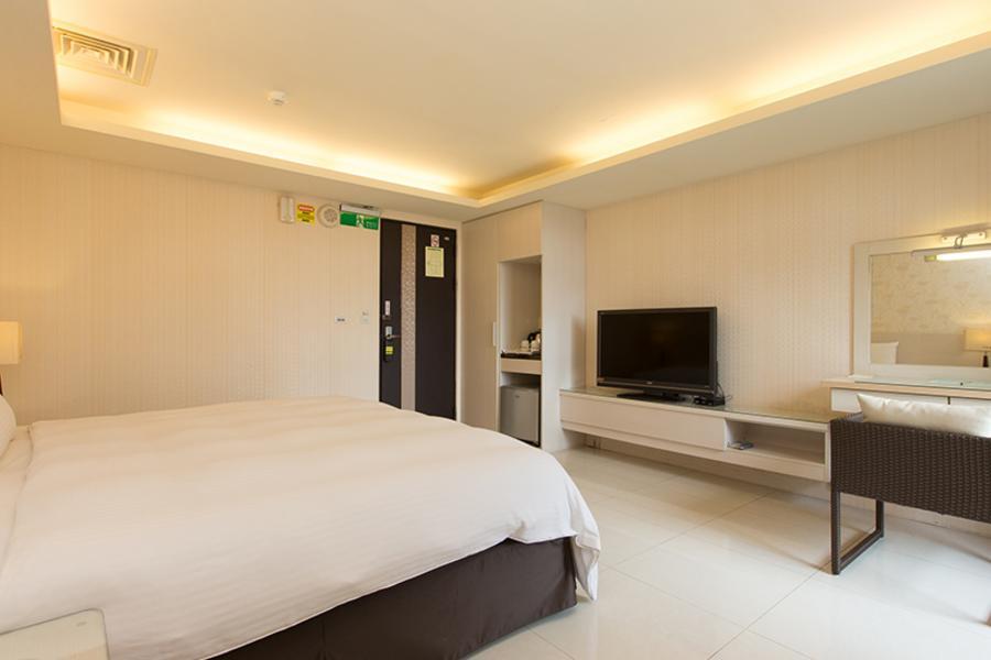 和運假期-F HOTEL三義館含早+2日租車