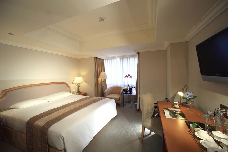 和運假期-高雄寒軒國際大飯店含早+2日租車