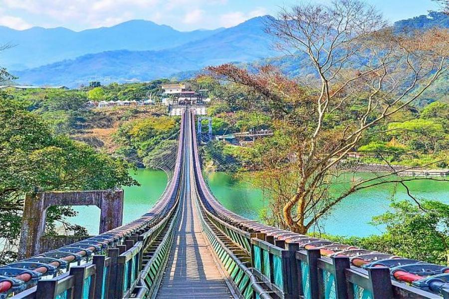 【東南賓士車】新溪口吊橋、角板山、大溪老街、陶瓷博物館一日遊