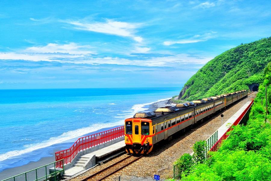 台東多良車站.三仙台.加路蘭遊憩區.魅力景點鐵道三日遊