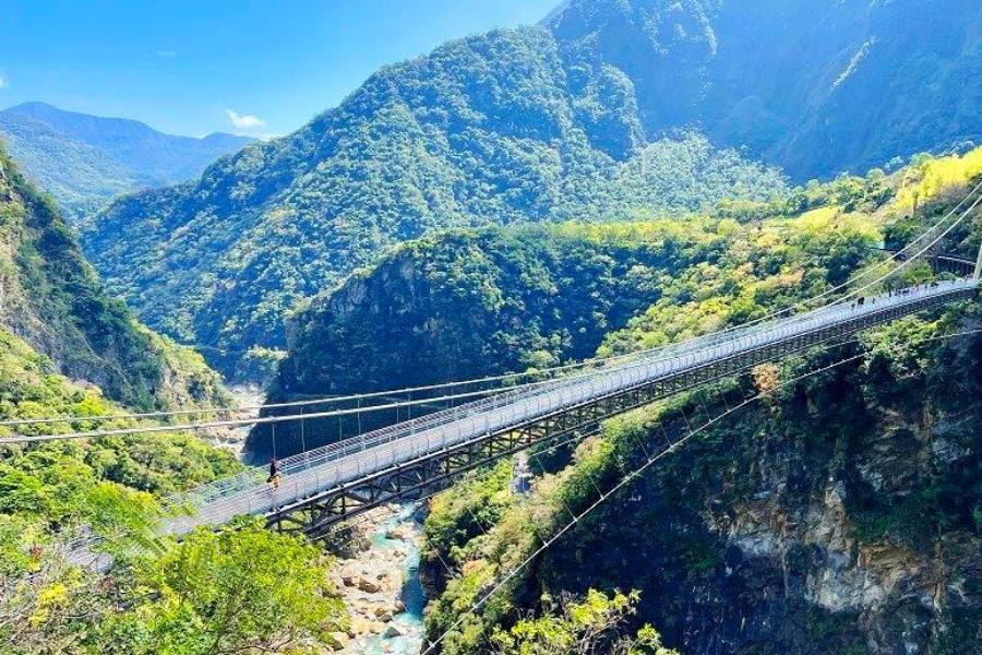 太魯閣峽谷山月吊橋、花蓮海洋田園縱谷自選親子遊二日