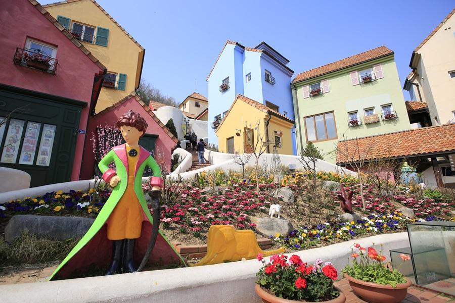 初春韓國~葡萄酒莊、南怡島、法國村、嗨哩藝術村、文青益善洞街道5日