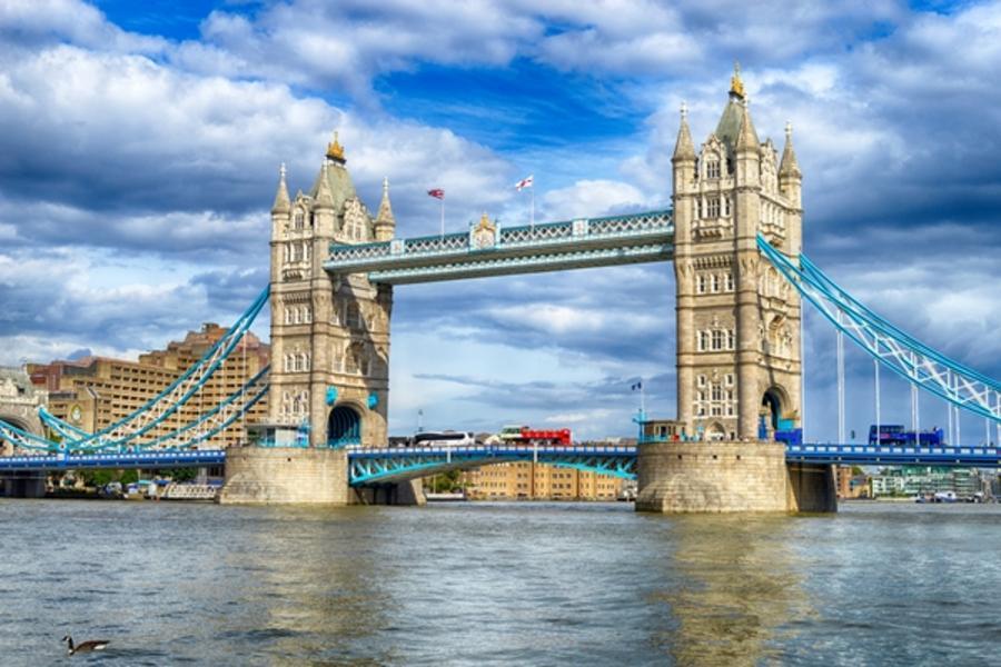 【賺很大】英國唯美柯茲窩、劍橋撐篙、時尚購物中心、倫敦塔橋天空步道8日