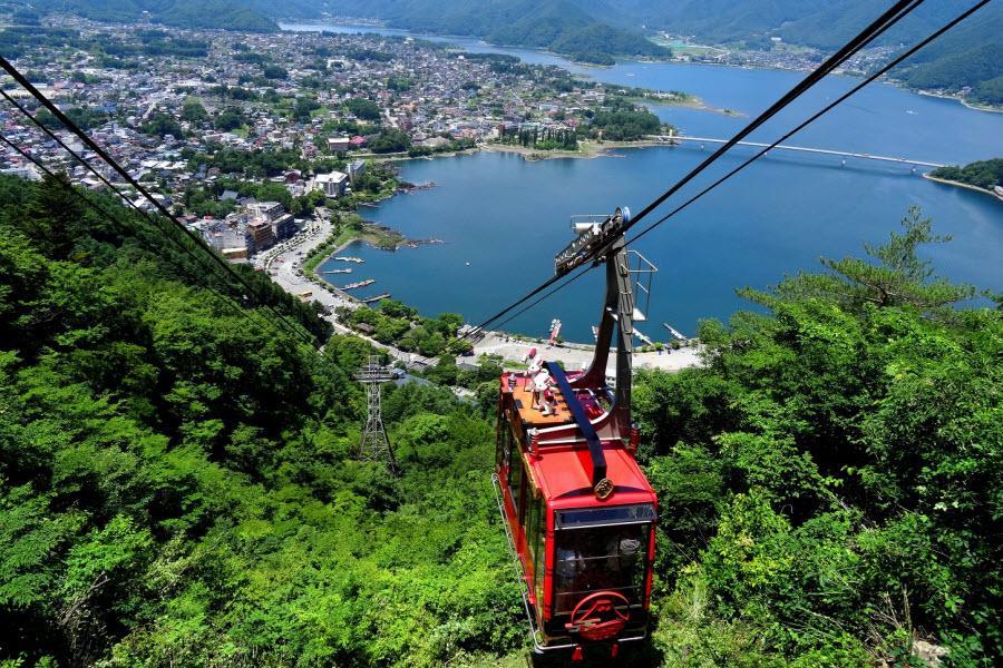 【迪士尼兩日遊】富士湯宿、河口湖纜車、暢貨中心、迪士尼雙樂園、東京5日
