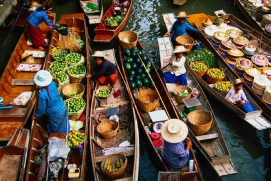 泰愛你~帝王蟹海鮮吃到飽、水上市場、爆笑鐵支路、亞洲夜市、冰上世界六天