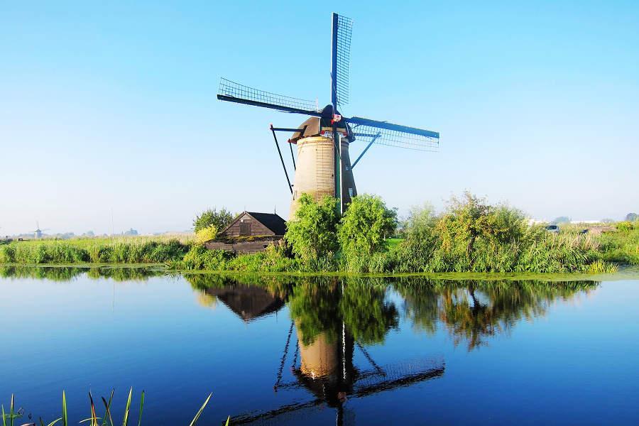 精采荷蘭6日遊~三色村、雙遊船、阿丹塔登高、OUTLET購物趣