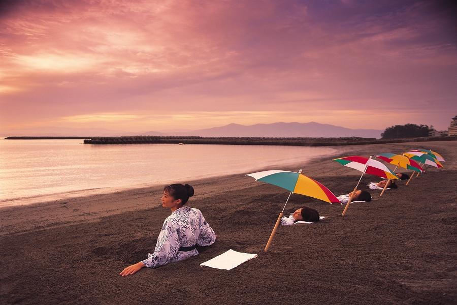 【搶購南九州】日南海岸、 篤姬磯庭園、指宿沙浴體驗、霧島溫泉5日