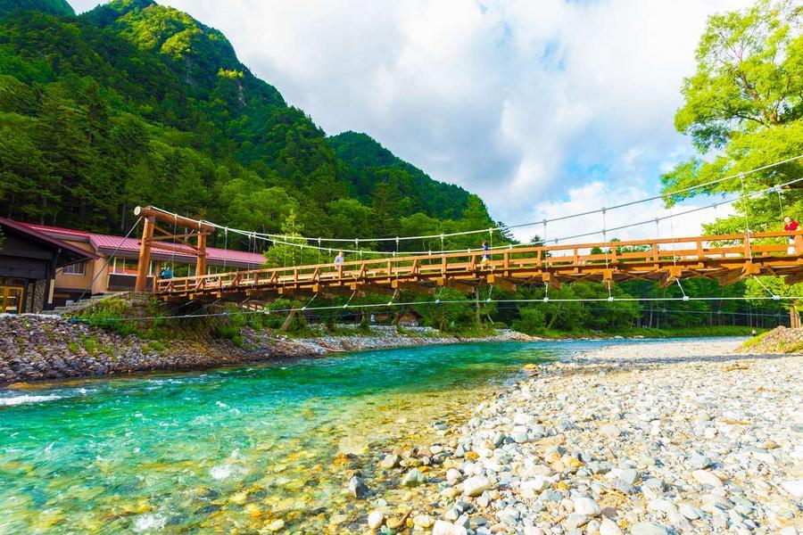 【能登假期】小松立山、上高地健行、松本城合掌村、魅力金澤湯宿5日