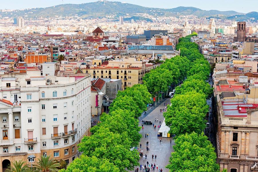 【賺很大】西班牙雙點進出、白色山城、巴塞隆納兩晚、高第建築11日