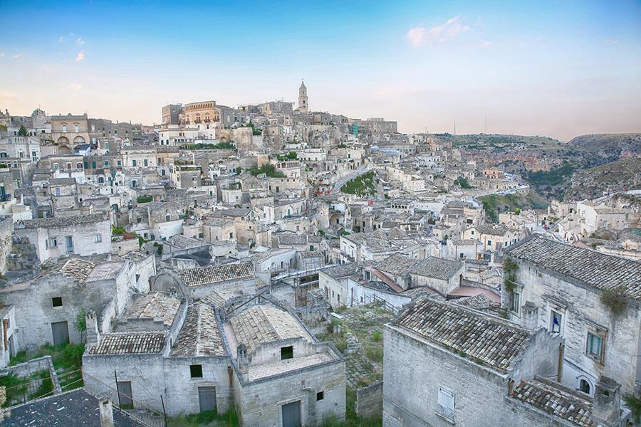 【賺很大】義大利南北全覽、卡不里島、蘑菇村、天空之城、中段搭機14日