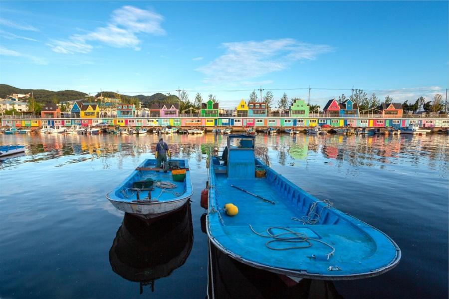 釜山巨濟島~浪漫海上花園、池畔咖啡廰、加耶塗鴨秀、長腳蟹美食5日