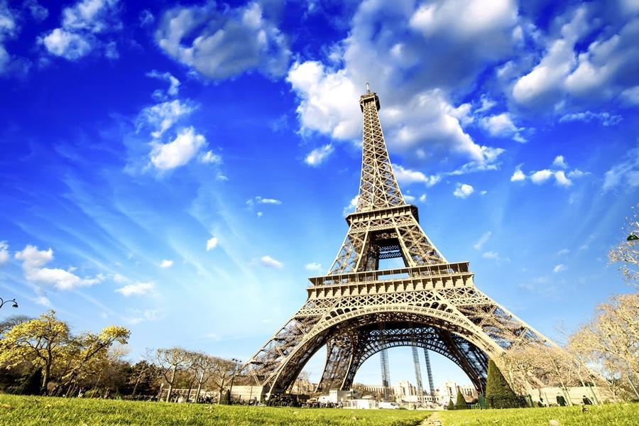 【福滿久久】法國雙宮、奧塞美術館、花都登頂、百年下午茶、塞納河午宴8日
