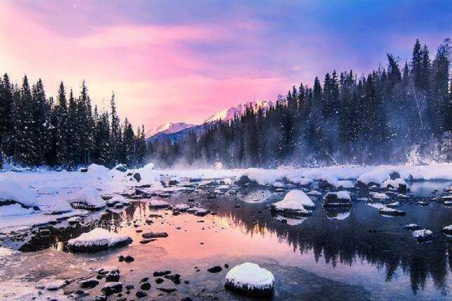 季節限定~冰火南北疆、金色胡楊、越野車遊喀納斯、天山天池泡湯玩雪10日