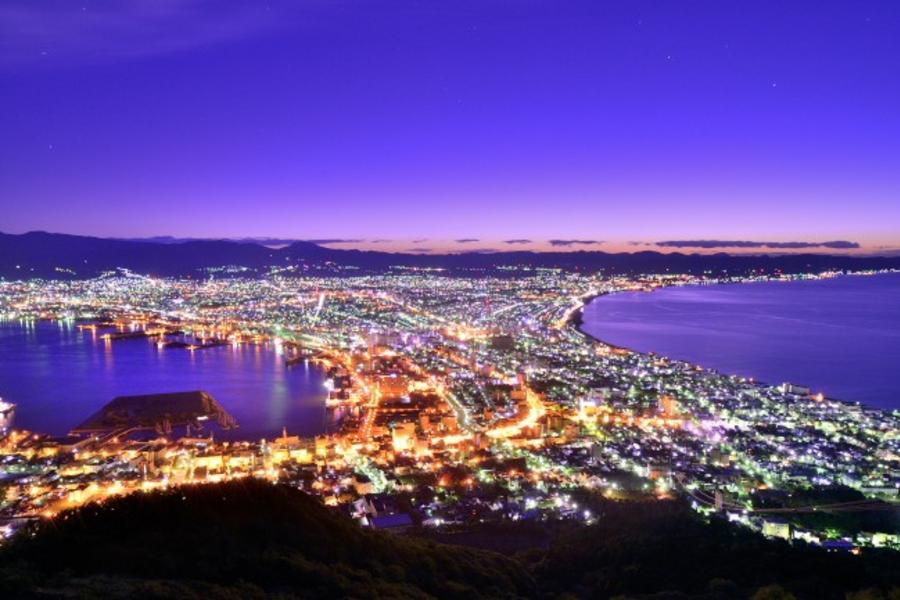【戀戀北海道】函館夜景、洞爺煙火船、小樽熊牧場、溫泉品蟹5日