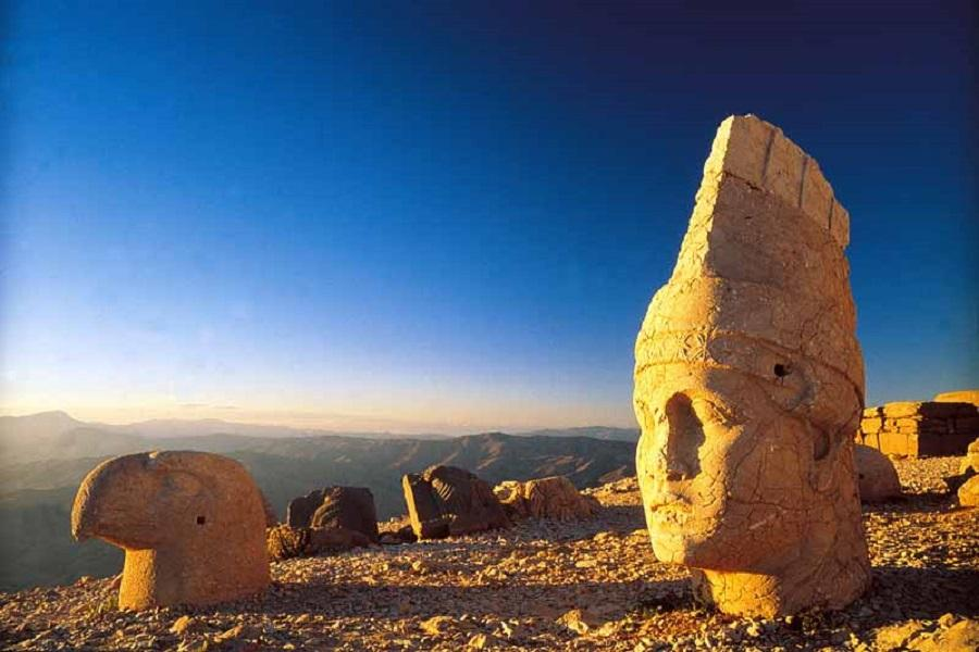 【賺很大】土耳其東部秘境凡湖、尚勒烏爾法、內姆魯特人頭山11日