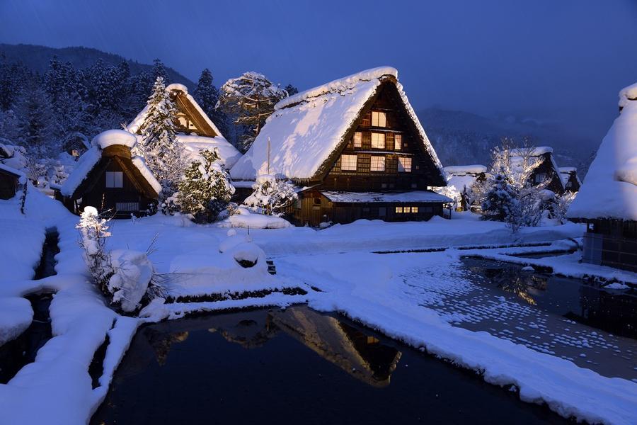 【童話合掌村點燈】奢華貴氣抹茶體驗、高山國寶寺、OUTLET購物5日