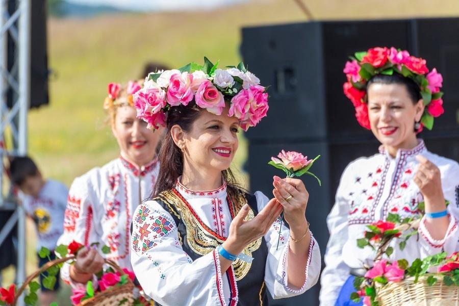 【賺很大】保加利亞玫瑰、里拉修道院、吸血鬼古堡、地底鹽礦摩天輪11日