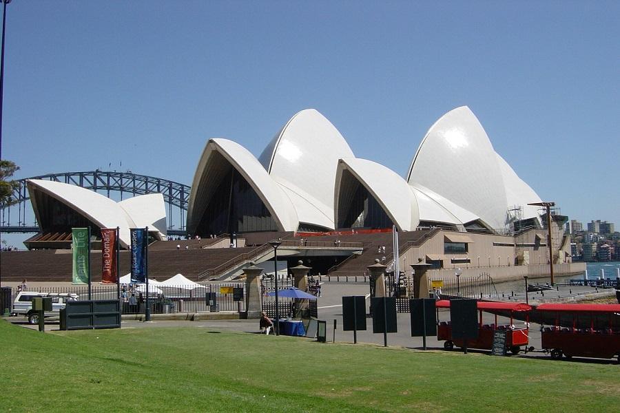 浪漫雪梨藍山6日~塔隆加動物園、曼利海灘、遊船、蠟像館、歌劇院CX
