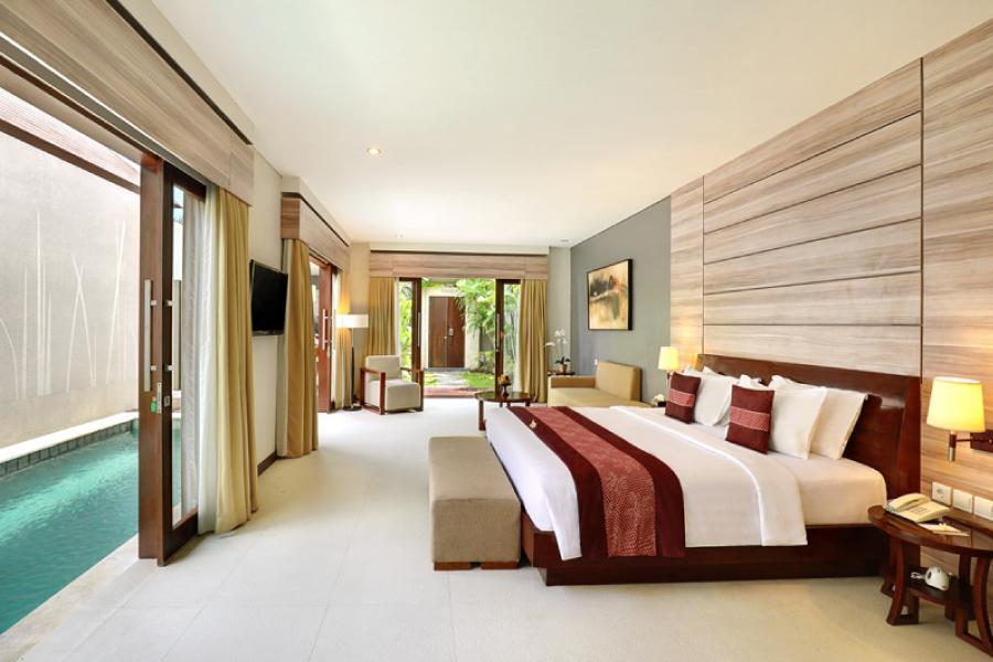 【飯店別墅雙享受】峇里島渡假飯店+獨棟泳池別墅自由行五日(長榮/華航)