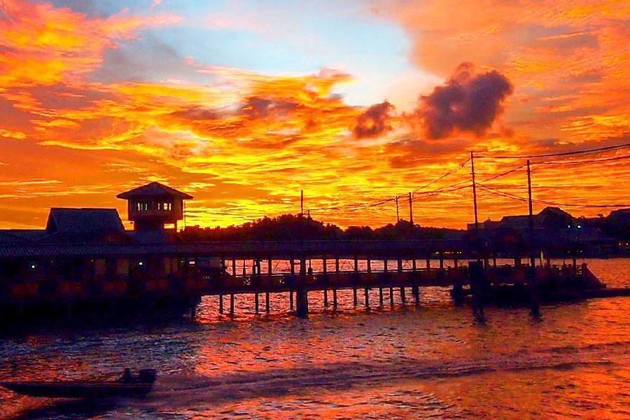 【神秘國度-東方杜拜】汶萊高級酒店自由行4日(可續住延回、汶萊航空-加贈探索紅樹林半日遊)