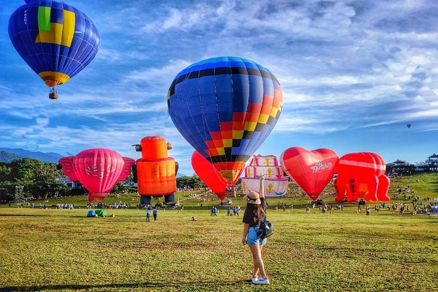 【2021臺灣國際熱氣球嘉年華】台東熱氣球、鹿野高台、花蓮東大門,超熱血跨夜遊