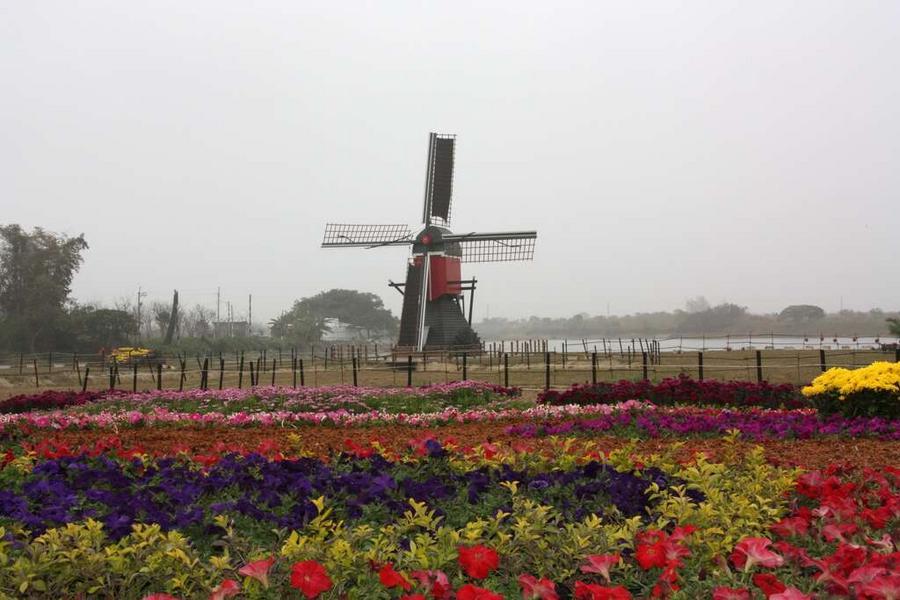 【台中出發】台南糖廠懷舊鐵道 荷蘭村 嘉義森林之歌一日遊