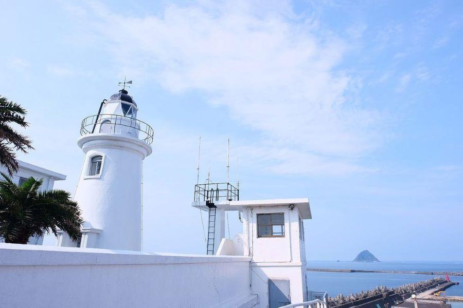 【魅力基隆】浪漫希臘風燈塔、夢幻白石湖吊橋、外木山濱海大道踩風二日