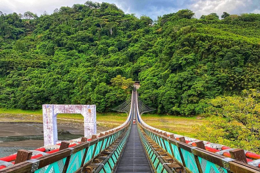 新溪口吊橋、角板山、大溪老街、陶瓷博物館一日遊