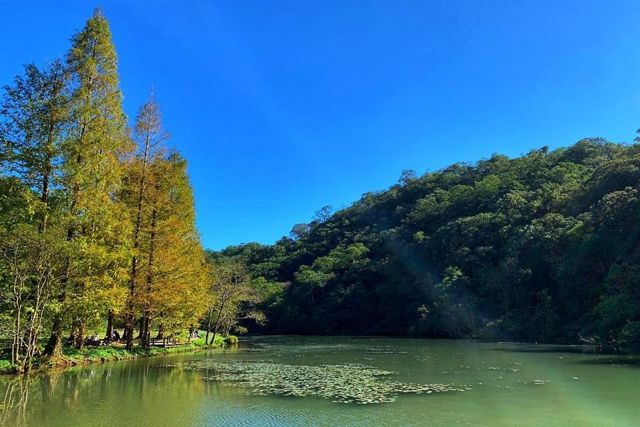 福山植物園.宜蘭窯烤山寨村.龍潭湖畔悠活園區一日遊