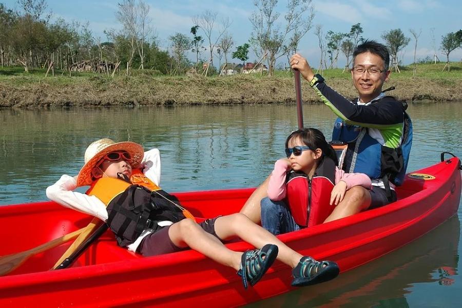 【上山下海】宜蘭蘭陽溪划船、香草菲菲、手作DIY體驗一日