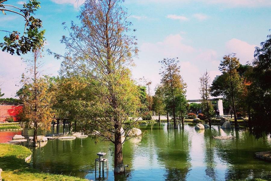 【回憶童年】雲林神氣彩繪、千巧谷牧場、台版兼六園、布袋戲館1日