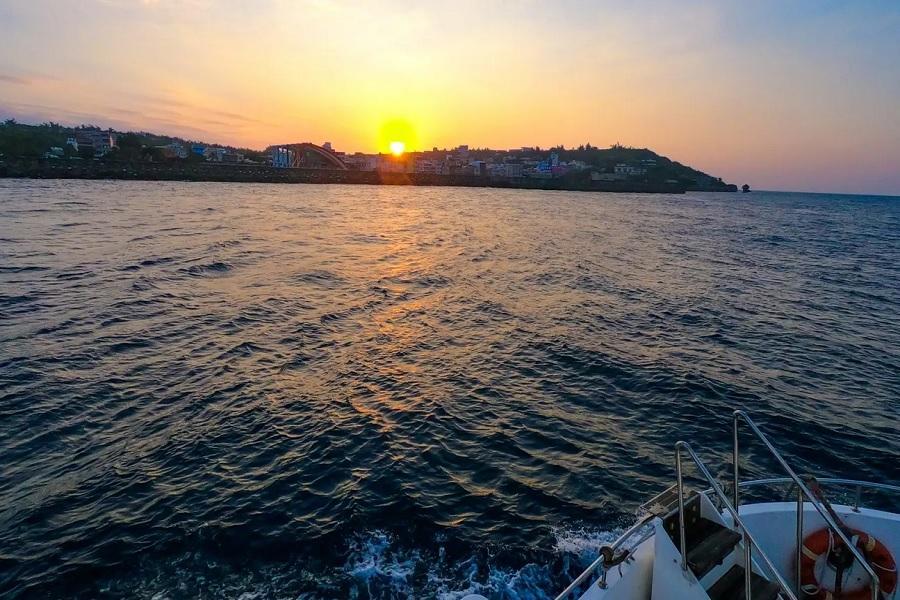 【小琉球出發】小琉球半潛艇夕陽巡禮體驗券