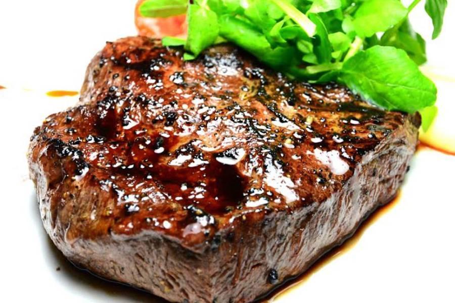 【電子票券】台北君品酒店雲軒2人平日頂級牛排吃到飽