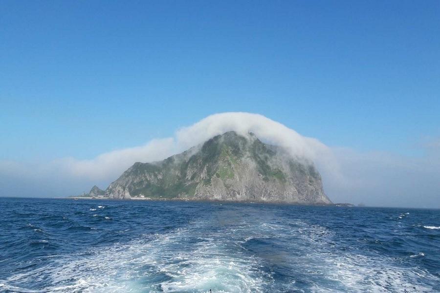 【期間限定】基隆嶼登島・繞島・上燈塔・繞巡象鼻岩(含船票)