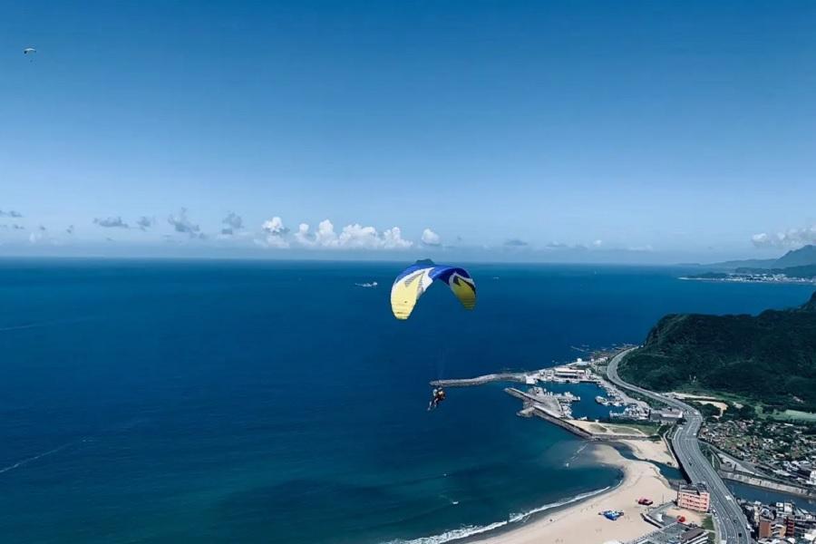 【新北萬里】野馬飛行傘體驗|含全程攝影