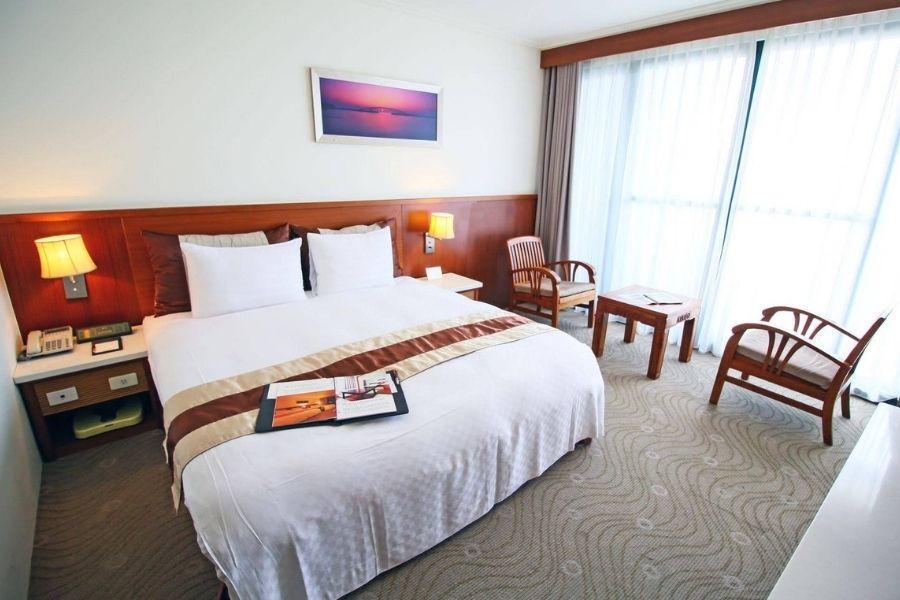 雅霖大飯店 Yaling Hotel